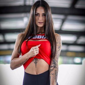 Nebbia Rib Cut out Top Red 678